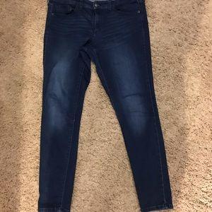 Universal Thread dark awash skinny jeans